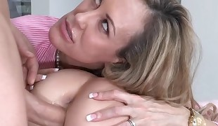 Chick gets her honeypot sucked by aged playgirl during threesome