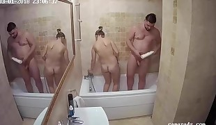 Daughter-in-law Boinks Step-Dad While Mother Showers Reallifecam Spycam