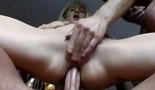Double penetration for hungarian blonde
