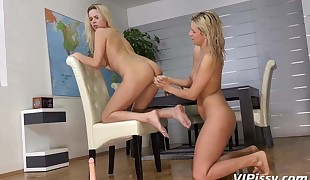 Lesbian Pee Drinking - Bianca and Nikki get showered in pee